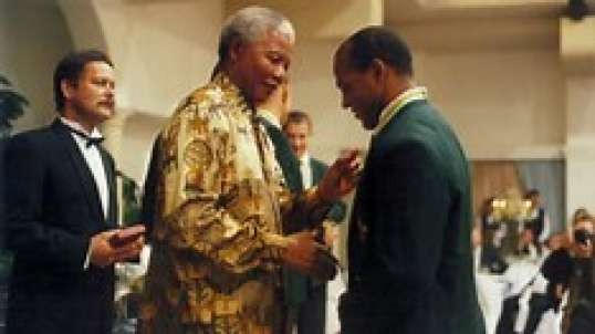 "South Africa's Sport Legend From Rugby World Cup 95 ""The Black Pearl"" Dies"